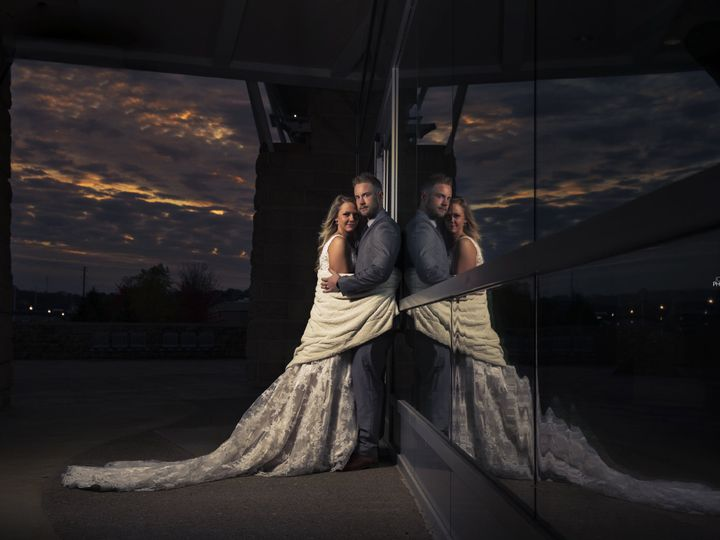 Tmx 1532354941 94adecee4861dcae 1515254437 Af2224c65c570415 1515254432 57d2527e89a1c112 151525 Dubuque, Iowa wedding photography