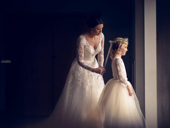 Tmx 8y1a4621fweb 51 743465 157935940142722 Dubuque, Iowa wedding photography