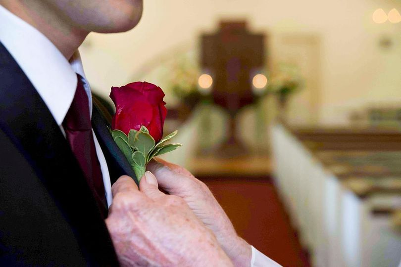 Classic rose boutonniere - Rob Rivera Photography