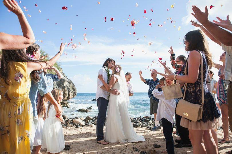 Small beach wedding in Hawaii
