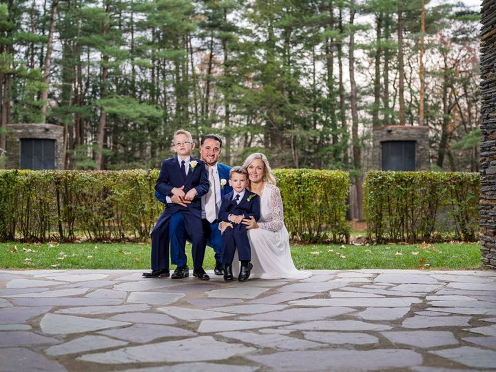 Tmx 1 287 51 555465 159122610316412 Chicopee, MA wedding photography