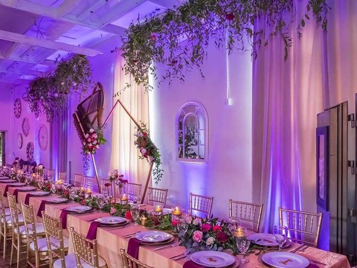 Tmx 185545524 187053343269920 6935717526346711213 N 51 676465 162422991455720 Cleveland, OH wedding florist