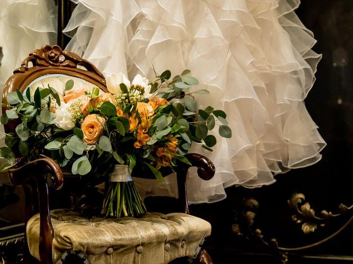 Tmx Bl0i8763 51 676465 162422992952085 Cleveland, OH wedding florist