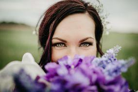 Bridget Knapik - Makeup Artist