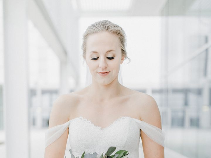 Tmx Lauren Ryan Wedding The Grain Exchange Milwaukee Wisconsin April 27 2019 208 51 1067465 1558471826 Milwaukee, WI wedding beauty