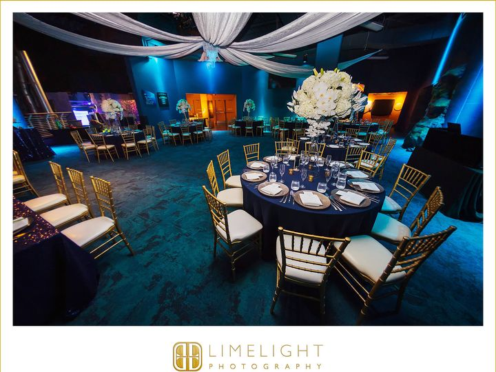Tmx 9 29 18amandajamessd 0570 51 139465 V1 Tampa, FL wedding dj