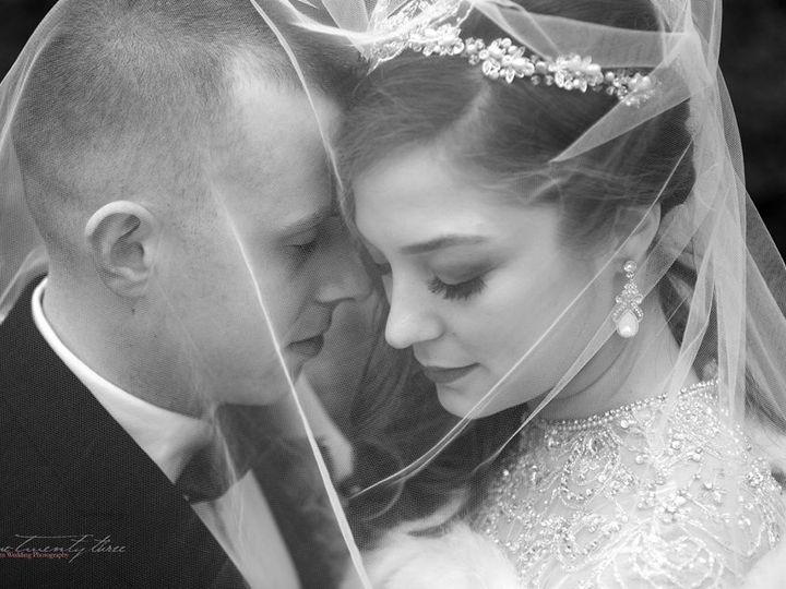 Tmx Jamie Under Veil Bw 51 541565 157409113817311 Franklin, MA wedding beauty