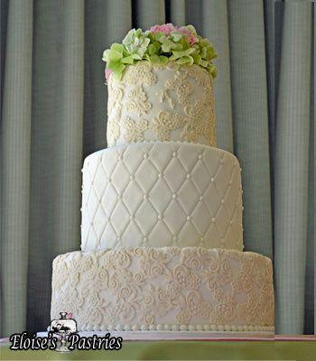 3-tier wedding cake