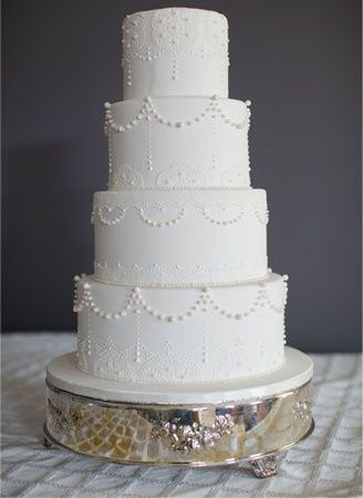 Neat 4-tier wedding cake