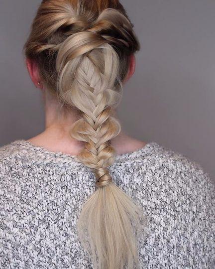 Fishtail braid with a twist
