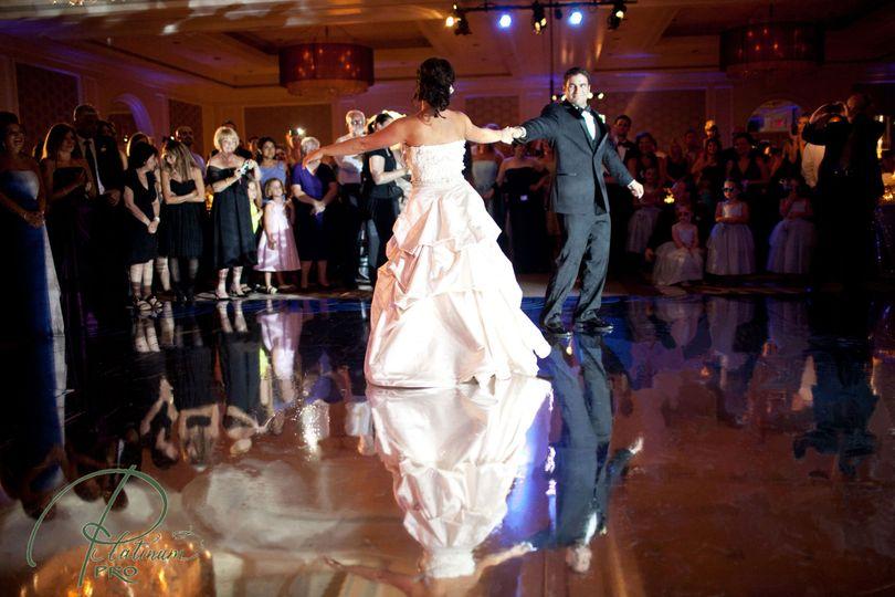 c24a062933c6e72d 1422998933687 wedding dancing