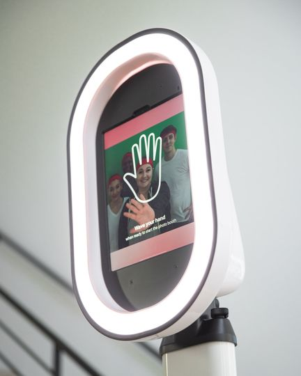 Contactless Photo Booth