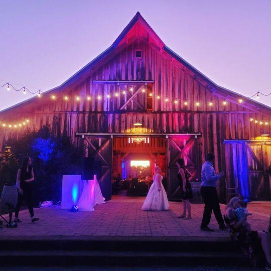 Barn Uplights