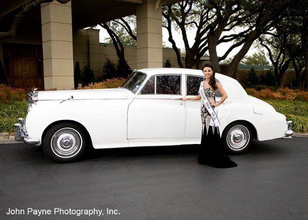 Miss Dallas USA w 1960 White Bentley S2 Saloon.