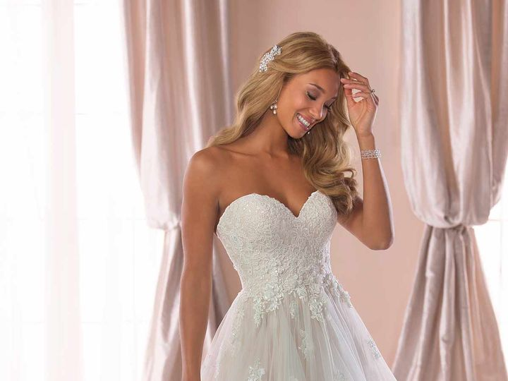 Tmx 6765 1 51 29565 V1 Bellevue, WA wedding dress