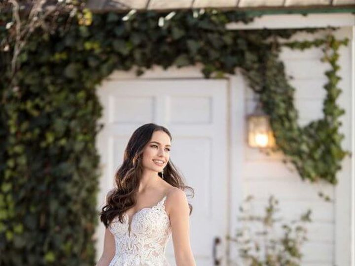 Tmx 984 1 530x845 51 29565 V1 Bellevue, WA wedding dress