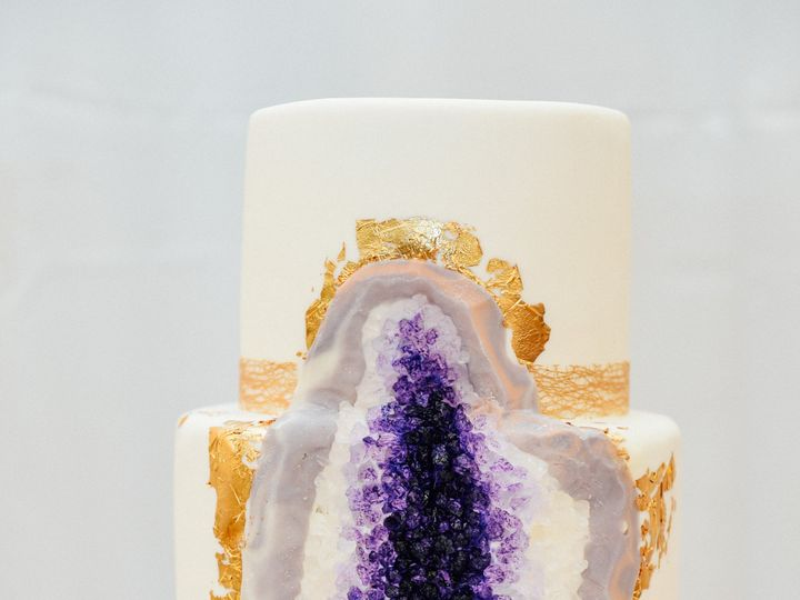 Tmx Cake6 51 111665 1555546137 Seattle, WA wedding venue