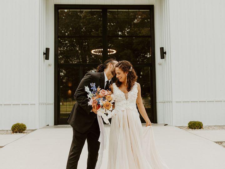 Tmx 2b4a3366 51 1961665 161041603057029 Columbus, OH wedding planner