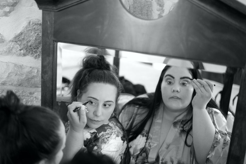 Make Up in the Mirror