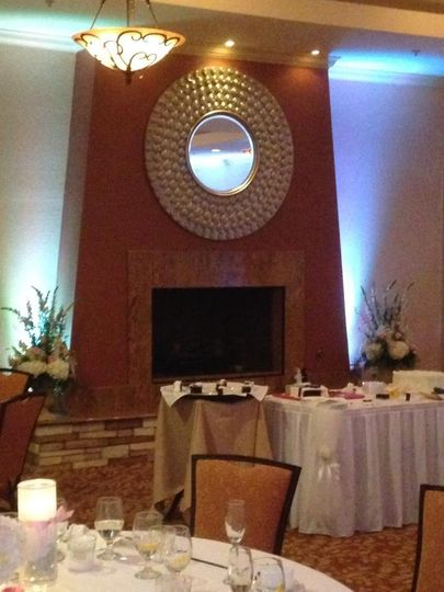 White up lighting at Scenic Hills Country Club in Pensacola
