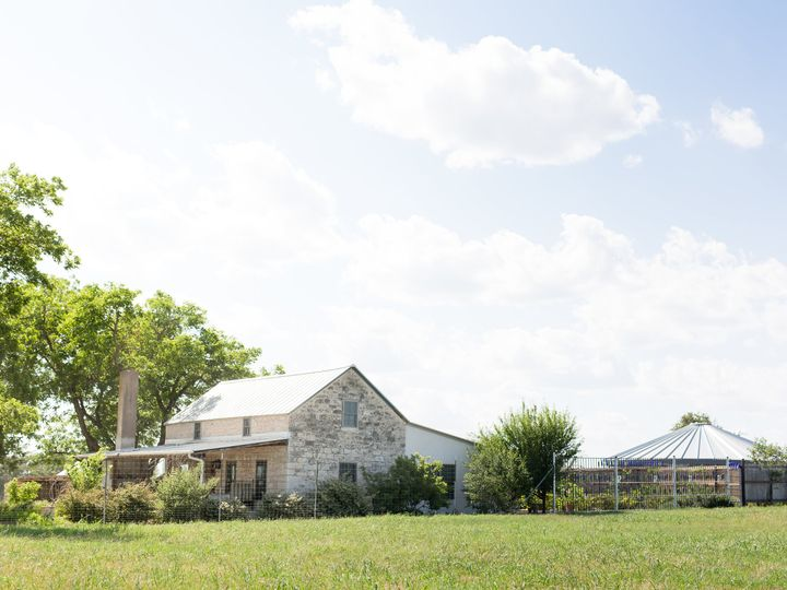 Tmx S House 51 1056665 Fredericksburg, TX wedding venue
