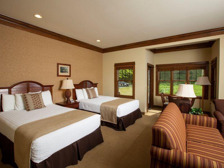 Tmx Rll Suite Sleeping Area Qq 51 1087665 159421908519501 Luther, MI wedding venue