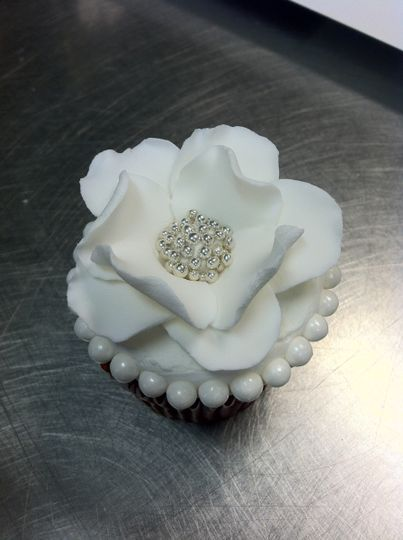 Elegant white sugar flower
