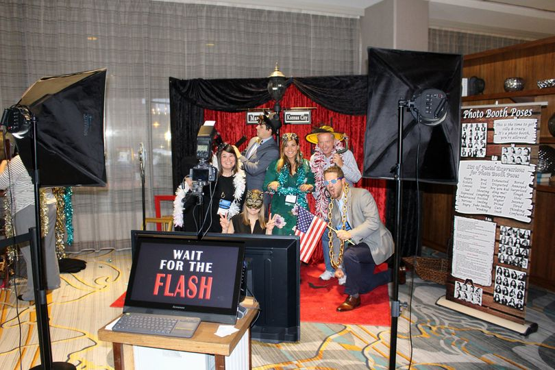 A roaring 20's Gatsby backdrop shoot at the Marriott Downtown in Kansas City.