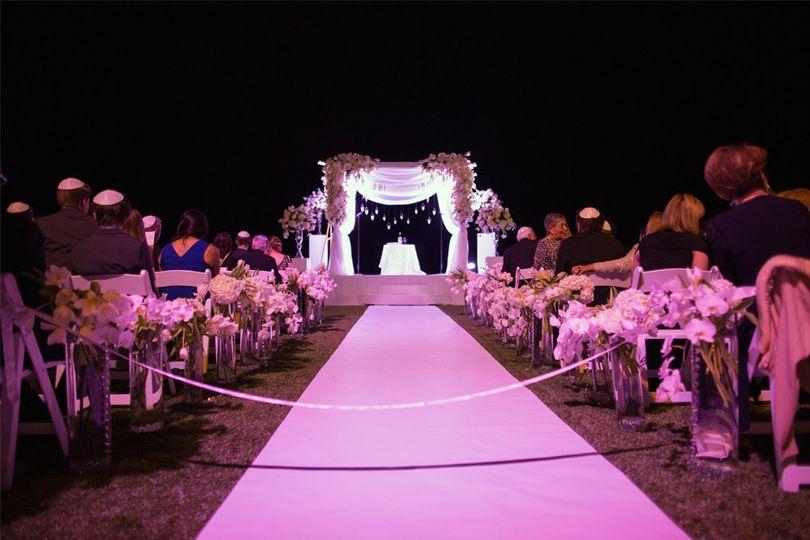 The wedding isle at night