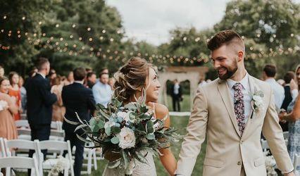 Dawn's Special Memories Wedding Flowers