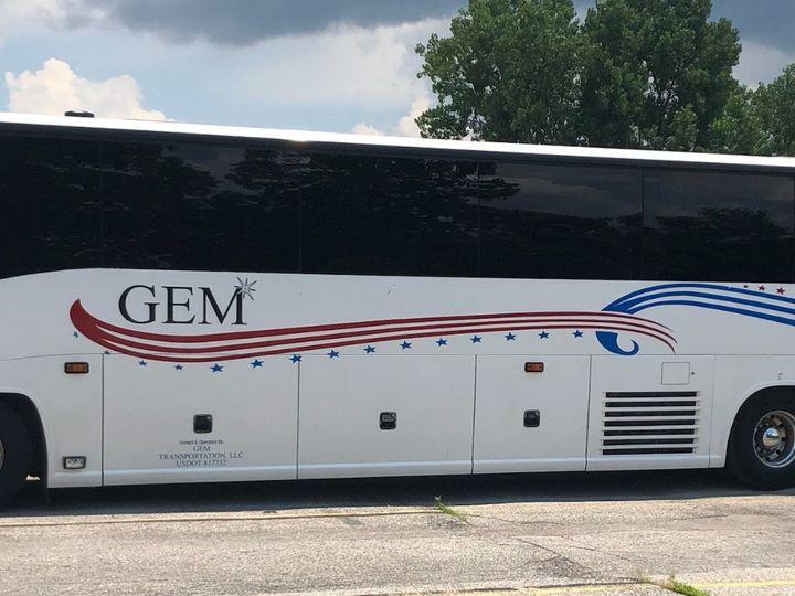 Tmx Gem Pic Motorcoach Single 51 196765 158109776732515 Hazelwood, MO wedding transportation