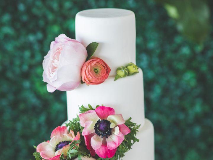 Tmx 3m9a3774 51 996765 1563389626 Smithville wedding cake