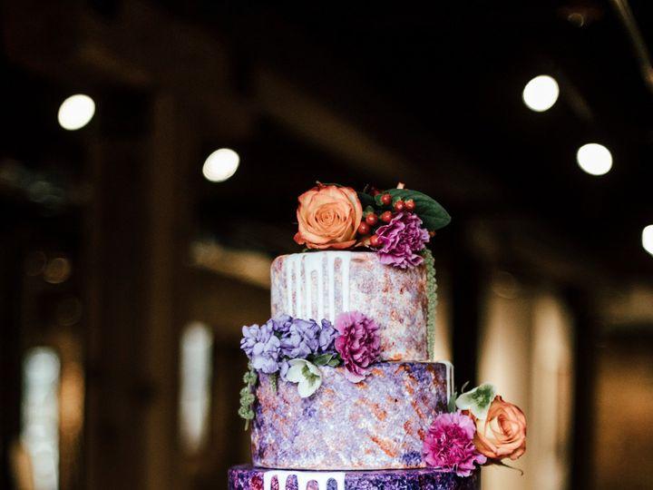 Tmx 974a7831edit 51 996765 1563389721 Smithville wedding cake