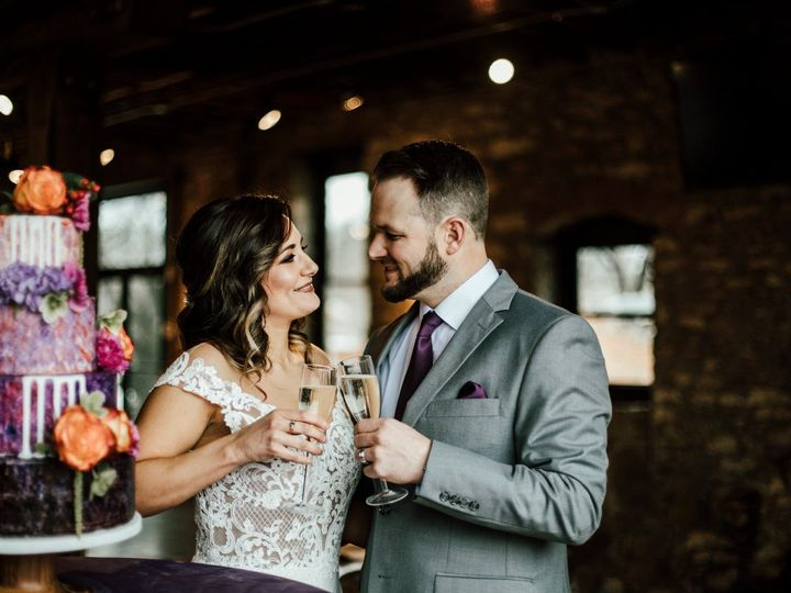 Tmx 974a7884edit 51 996765 1563389724 Smithville wedding cake