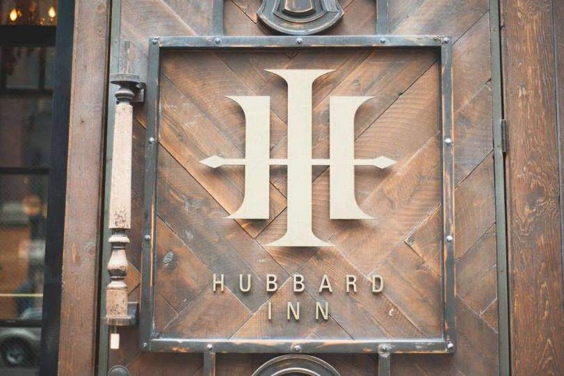 Hubbard Inn signage
