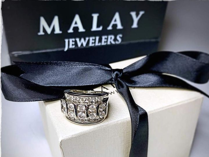 Tmx Img 74221 51 1027765 Raleigh, NC wedding jewelry