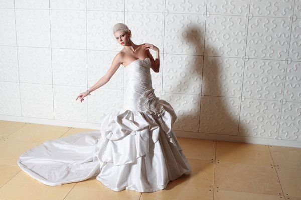 Binzario custom wedding gowns dress attire dallas for Custom made wedding dresses dallas