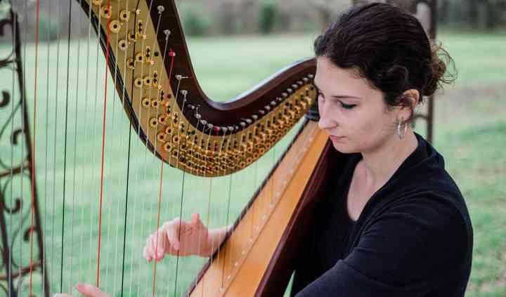 Victoria Beyea, Harpist