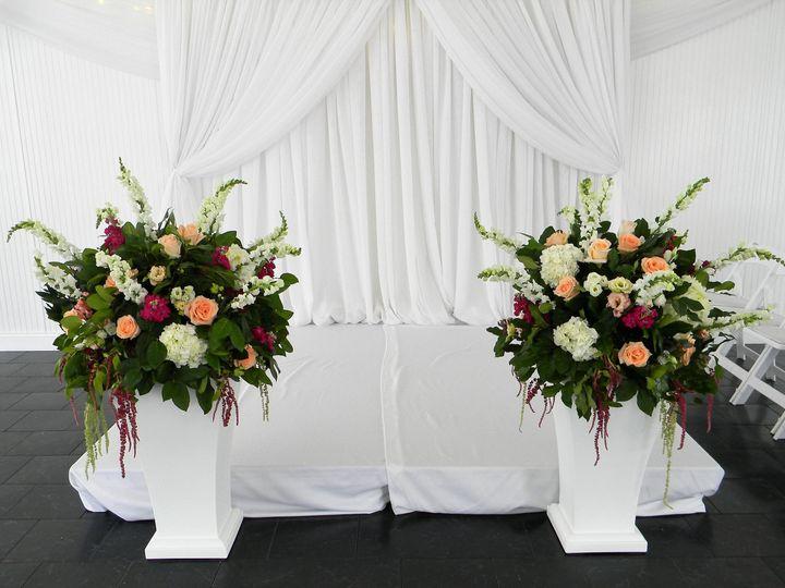 Tmx 1535375524 1c2e545d661956b3 1535375522 Ab81583771019618 1535375521855 3 DSCN5405  2  Eden Prairie, Minnesota wedding florist