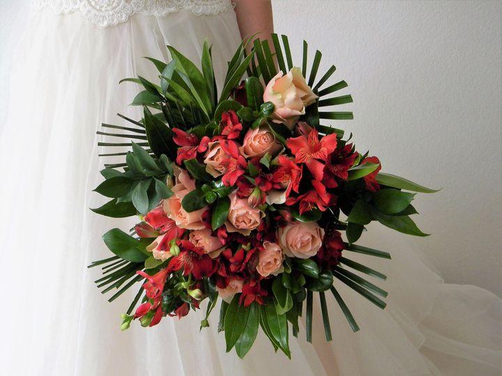 Tmx 1535375557 606390b705a5aa0a 1535375554 Ec110635a3261306 1535375553722 4 DSCN5106  2  Eden Prairie, Minnesota wedding florist