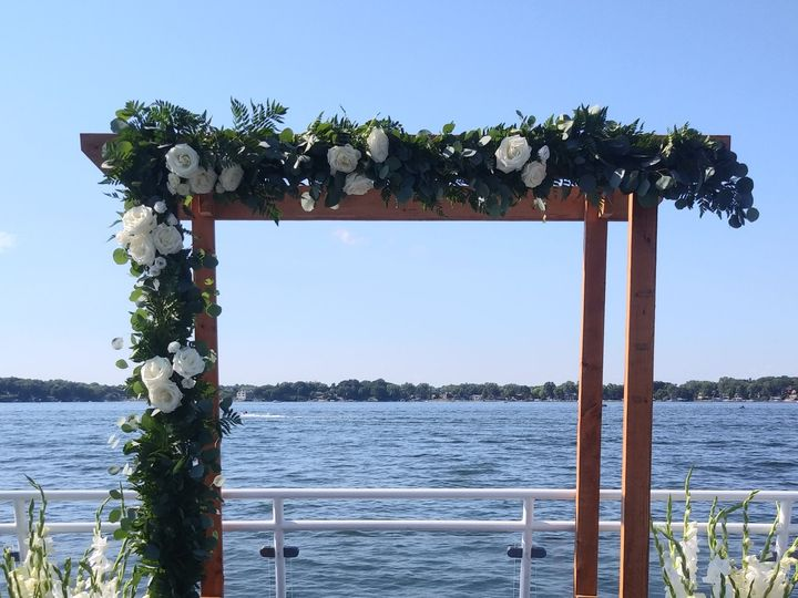 Tmx 20200822 162543 2 51 989765 160683806650751 Eden Prairie, Minnesota wedding florist