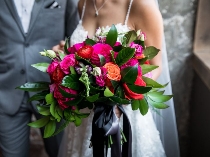 Tmx Couples 29 51 989765 158298503044666 Eden Prairie, Minnesota wedding florist
