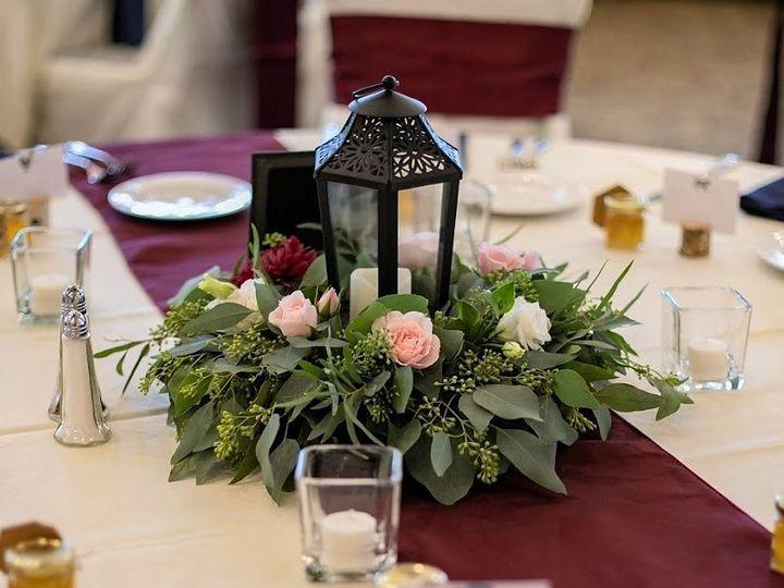 Tmx Table 2 989765 5c109355bef24 3 51 989765 Eden Prairie, Minnesota wedding florist