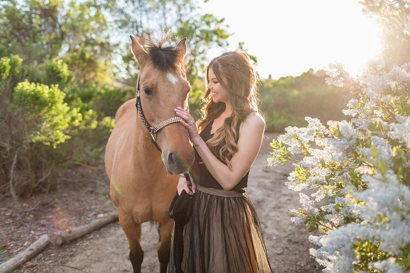 adventurous ethereal bride wedding with horse huntington central park equestrian center urban forest by james korin photography 51 1041865