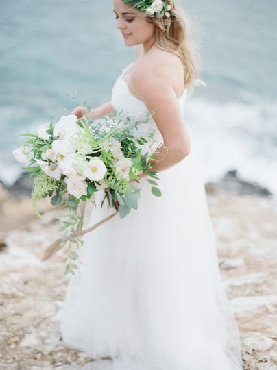 800x800 1481139021401 jenny soi photography   oahu styled shoot   web 15