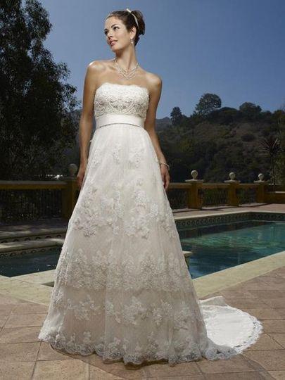 La Bella Bridal Hawaii - Dress & Attire - Honolulu, HI - WeddingWire