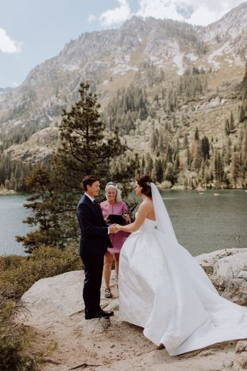 Wedding surrounded by mountains