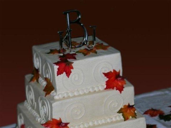Tmx 1235490245559 SmithFallWeddingCake Pittsburg wedding cake