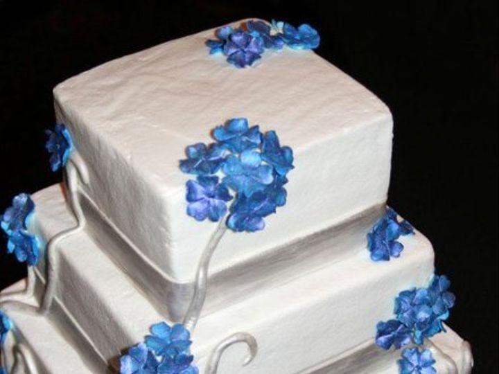 Tmx 1248118867761 GarciaandPetroskiWedding Pittsburg wedding cake
