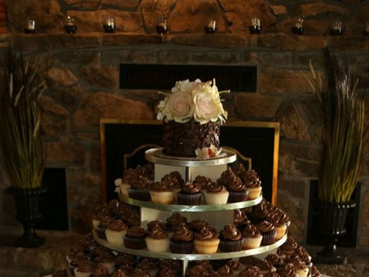 Tmx 1258576983405 WheelernSticeWeddingTower Pittsburg wedding cake
